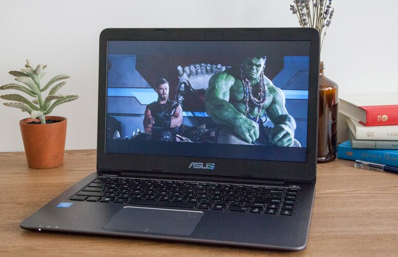 Asus VivoBook E403NA Review: Ultraportable Value to Beat 1